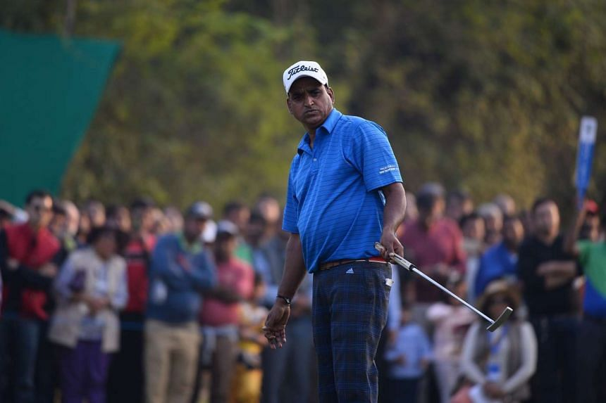 Indian golfer Mukesh Kumar won his first Asian Tour title on Dec 4, 2016, but will not be able to tee up at the lucrative Hong Kong Open because his passport has expired.