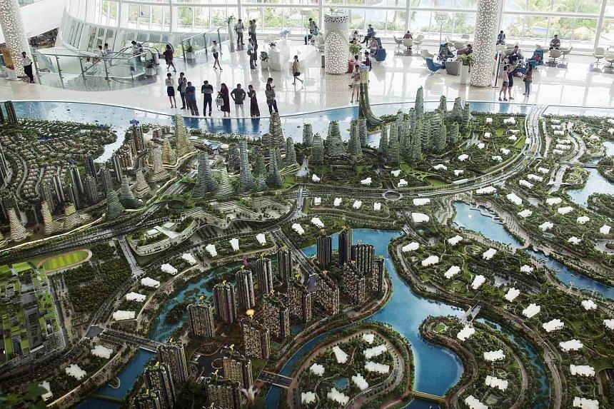Forest City sales gallery in Johor. Former Malaysian premier Mahathir had claimed that housing projects in Johor, such as Forest City, would result in 700,000 Chinese nationals living in Johor.