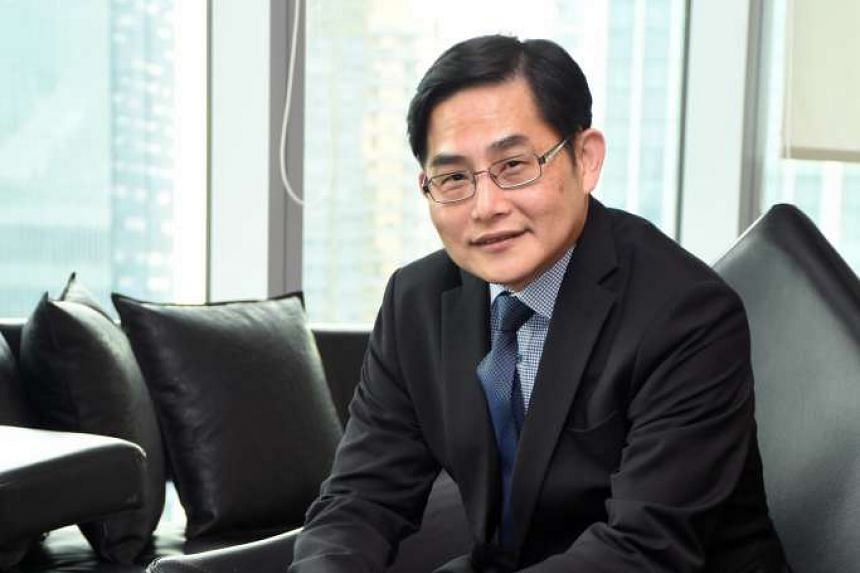 Mr Lim Chung Chun, chairman and chief executive of iFast, said iFast is already waiting to become an SGX trading member to trade on the local bourse. This means it will be able to offer stock trading for Singapore stocks and ETFs again once it is app