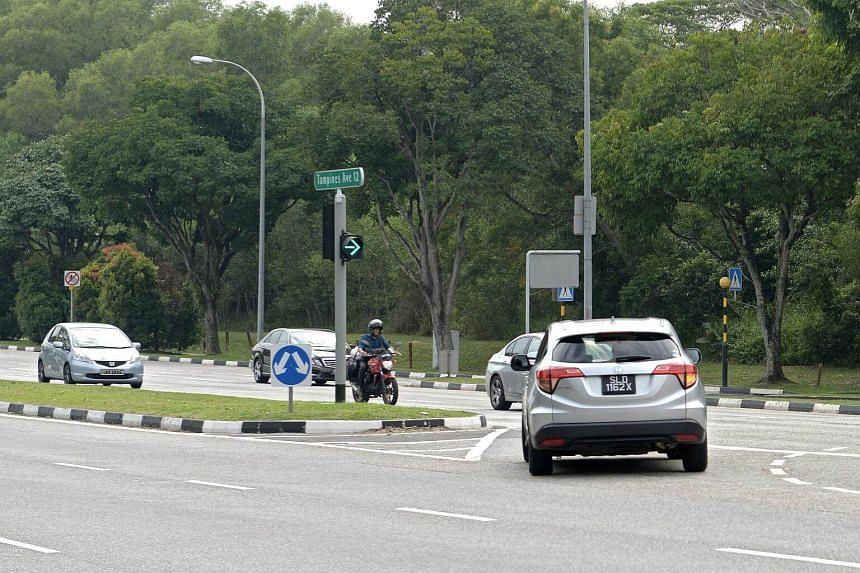 Housewife Lee-Teh Har Eng admitted that she failed to keep a proper lookout when turning right from Tampines Avenue 12 into the slip road of Tampines Expressway towards Seletar Expressway.