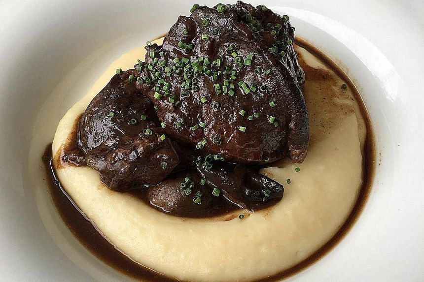 Braised Beef Cheek In Red Wine, Mushrooms from O Boeuf A 6 Pattes.
