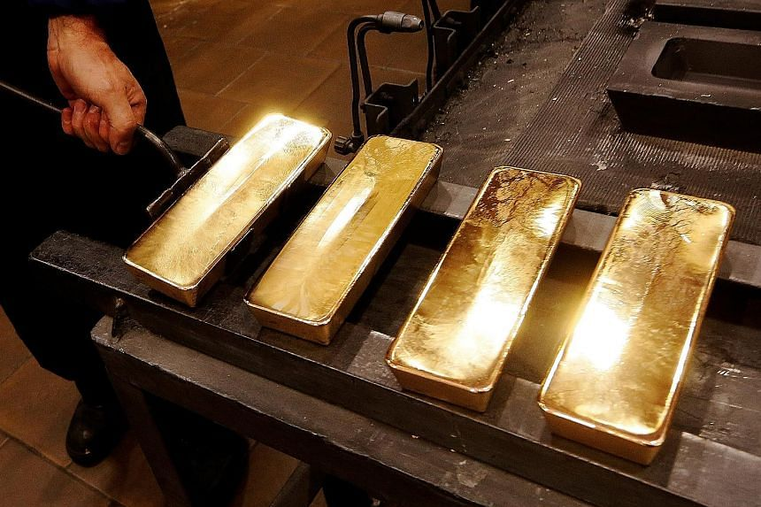 Analysts still see the precious metal as a solid choice for long-term investment.