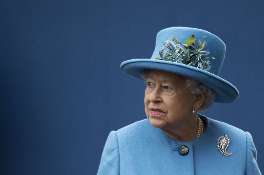 Queen Elizabeth has resumed her official duties as she continued to recover from a heavy cold that forced her to miss Christmas and New Year church services.