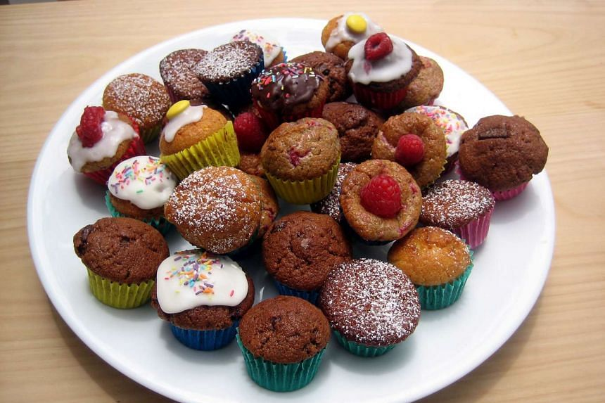 Do you really want that cupcake? How to say no to cake and sugary treats in the office.