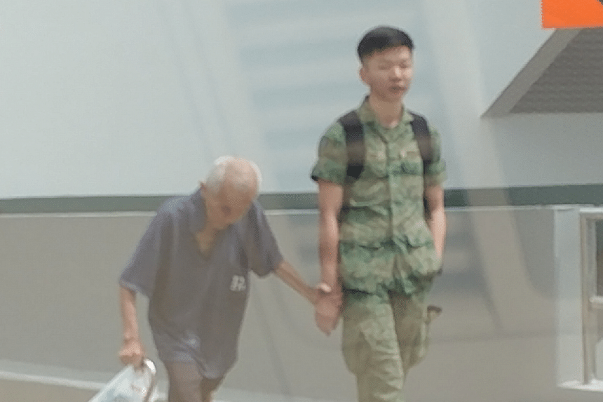 Private Randyne Neo was praised for helping an elderly man on Jan 3, 2017.