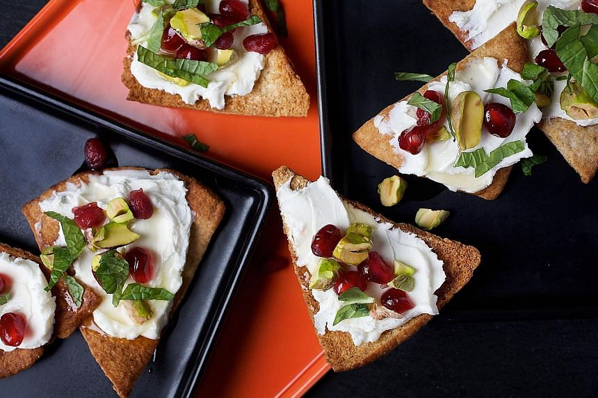 Goat cheese pita with pomegranate, pistachio and mint. You should avoid added sweeteners like corn syrup, maple syrup and honey, but sugar that occurs naturally in fruits, vegetables and dairy is acceptable.