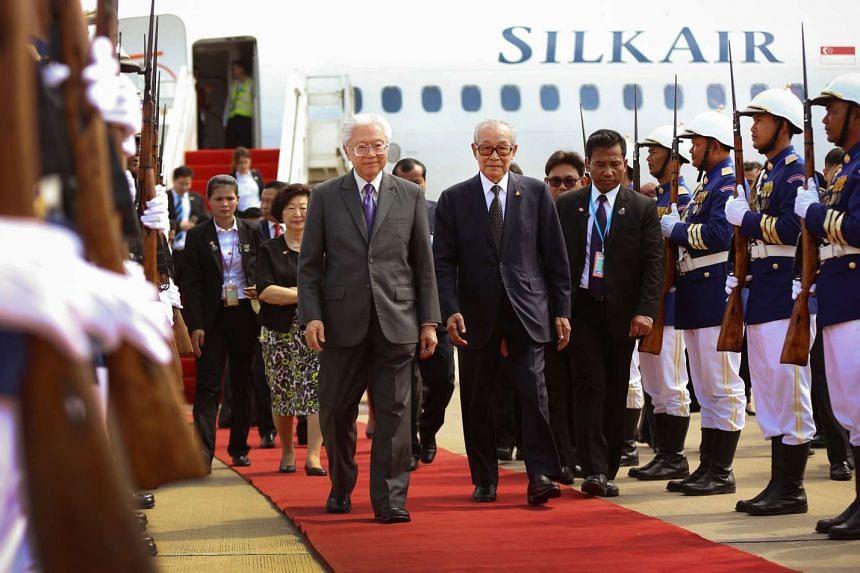 President Tony Tan arrives at Phnom Penh, Cambodia on Jan 8, 2017.
