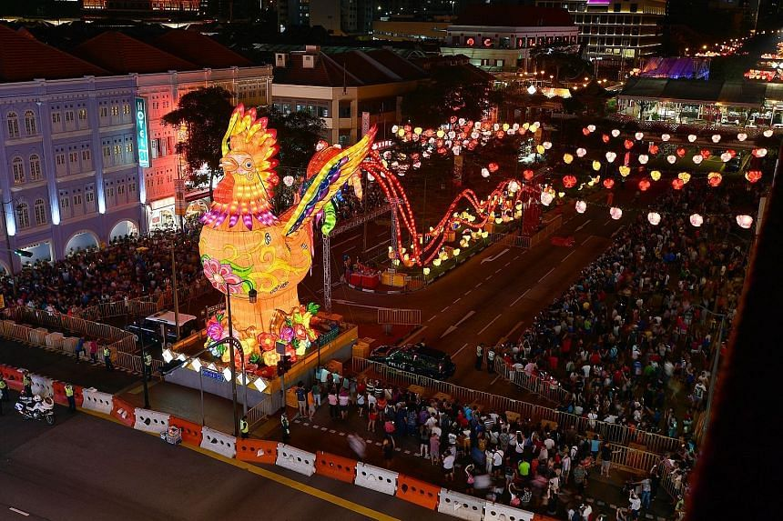 The Year of the Rooster was given an early welcome yesterday, as a 13m-tall rooster lantern with a length of about 100m was lit up, along with 5,500 other elaborate lanterns. About 50,000 people turned up for the light-up ceremony, with performances,