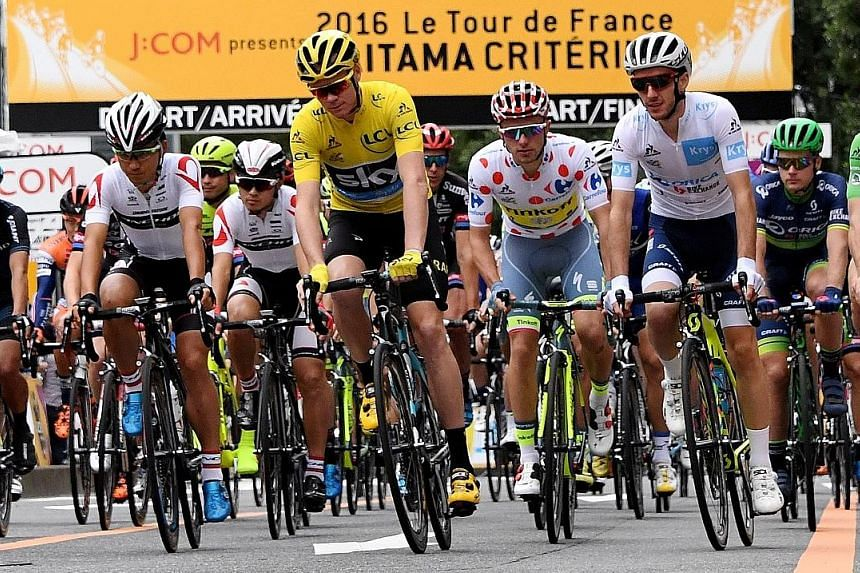 Team Sky's leader Chris Froome (in yellow) said that at his previous team, Barloworld, he had been given injections of Fluimucil to assist recovery.