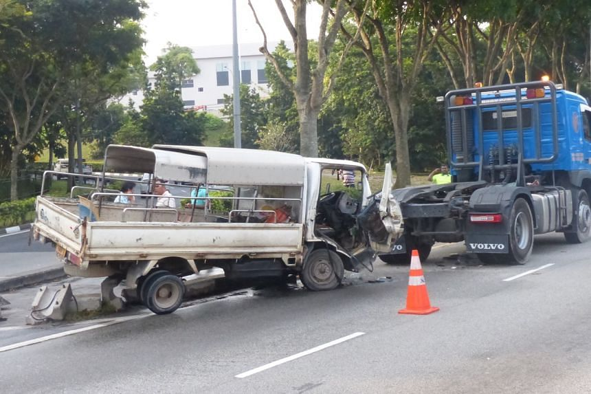 Eight foreign workers in the back of the lorry were hurt, while the driver suffered external cuts.