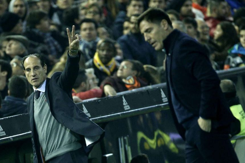 Interim Valencia coach Voro Gonzalez (left) on the sidelines during Valencia's match against Celta Vigo on Jan 3, 2017.