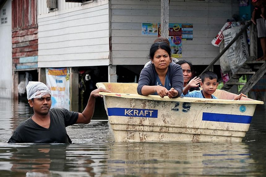 Villagers in Nakhon Si Thammarat province might face more flooding as more torrential rain is forecast to hit southern Thailand today. The country has been hit by widespread flooding over the past week as unseasonal rain fell hard and fast on 12 sout