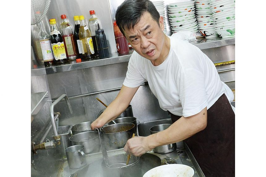 Having just one hand did not stop 54-year-old noodle hawker Yee Meng Yong, who has sold noodles for 22 years.