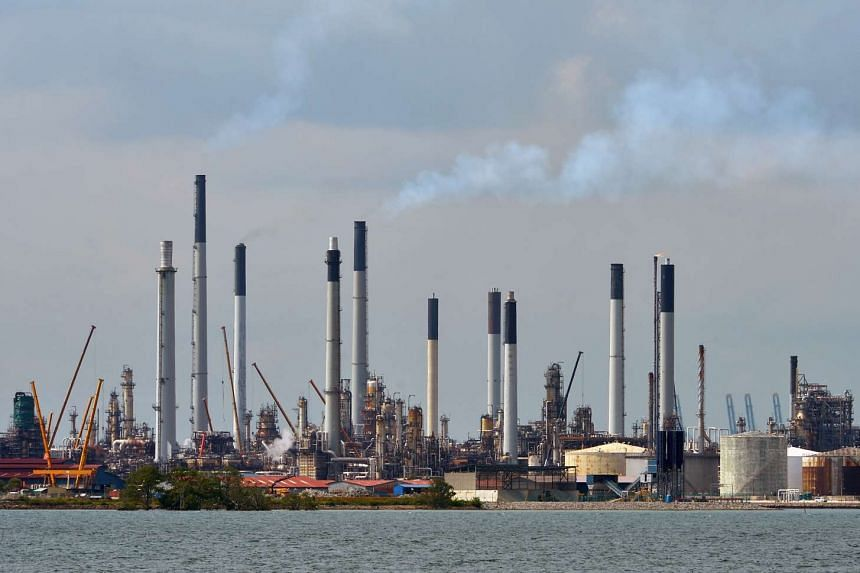 A chemical leak occurred at Shell's Pulau Bukom facility (pictured) on Jan 9, 2017.