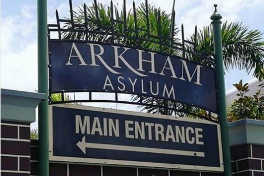 Rescue crews were called to Movie World on the Gold Coast after the Arkham Asylum ride malfunctioned, although no injuries were reported.