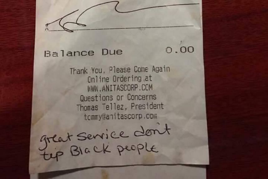 The note written at the end of a receipt by two customers for waitress Kelly Carter.