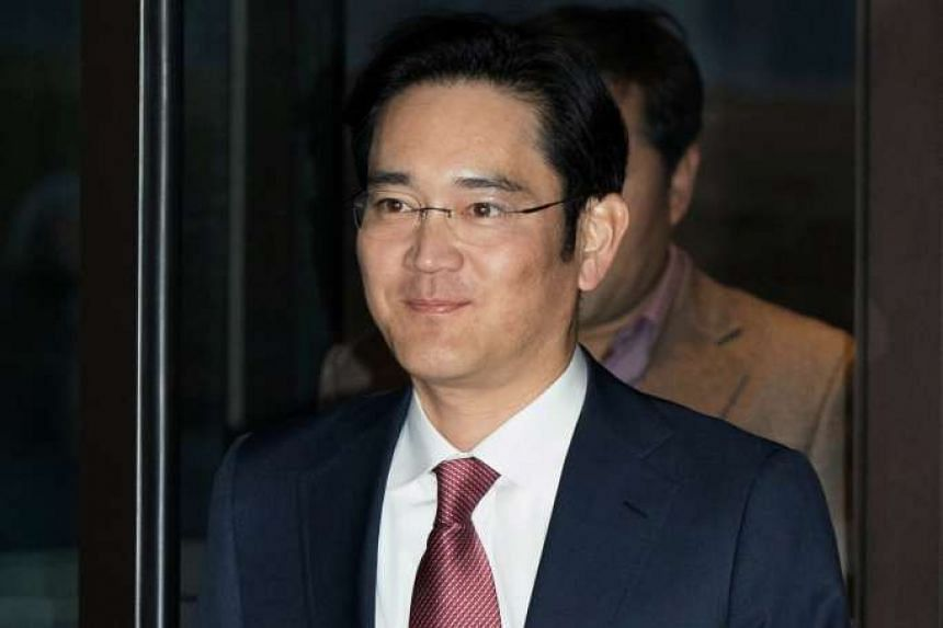 Samsung heir Lee Jae Yong was questioned by South Korean prosecutors on Thursday (Jan 12) over allegations of bribery.