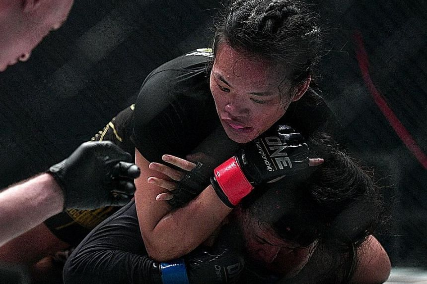 Coach Arvind Lalwani notes that despite Tiffany Teo's heavier workload, her attitude is good and her fighting spirit is strong ahead of the bout on Feb 10.