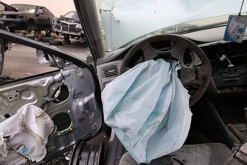 United States prosecutors say Takata's airbags can rupture violently when they deploy, and have been linked to at least 11 deaths and more than 180 injuries in the US.