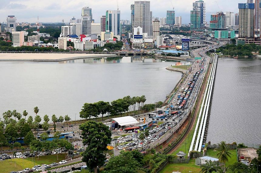 Transport Minister Liow Tiong Lai said Malaysia's road charge was not discriminatory against Singapore-registered vehicles.