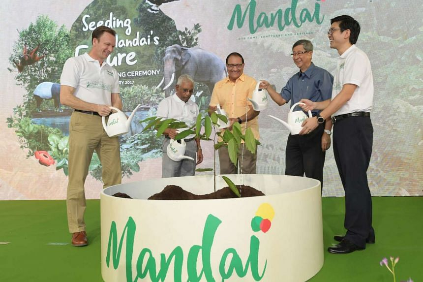 From left: Mr Mike Barclay, Group CEO, Mandai Park Holdings; Mr S Dhanabalan, Chairman, Mandai Park Holdings; Mr S Iswaran, Minister of Trade & Industry (Industry), Singapore; Mr Lim Boon Heng, Chairman, Temasek Holdings and Mr Philip Yim, Senior Vic