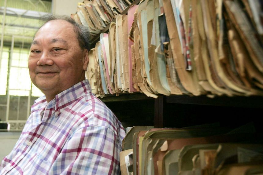 Veteran journalist Seah Chiang Nee in his study at his Serangoon Gardens bungalow, in a file photo from 2006.