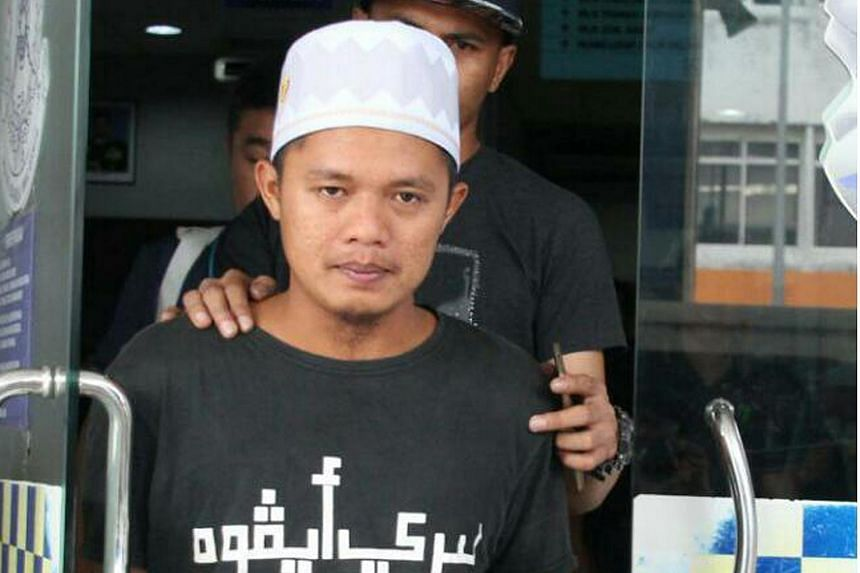 Malaysian fugitive Donny Meluda was arrested by Malaysian police when he arrived at Sibu Airport from Kuala Lumpur.
