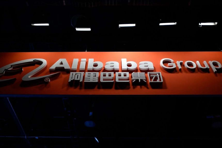 Chinese e-commerce company Alibaba has become a major sponsor of the Olympics after signing a deal with the International Olympic Committee (IOC).