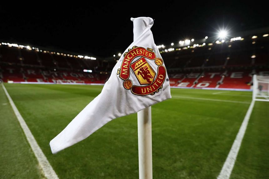 Manchester United have deposed Real Madrid as the world's richest football club in 2015-2016.
