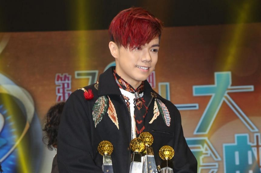 Singer Hins Cheung is dropping out of the Hunan TV reality show Singer, Emperor Entertainment Group confirmed on Tuesday (Jan 17).