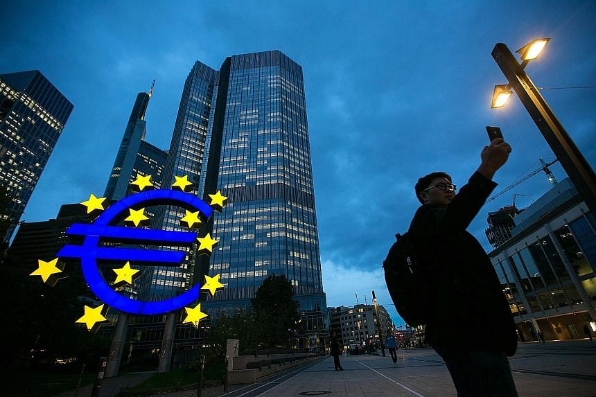 In its first policy decision this year, the European Central Bank left its quatitative-easing programme unchanged, as core inflation picked up slightly to 0.9 per cent, lacking a convincing upward trend, and consumer prices rose an annual 1.1 per cen