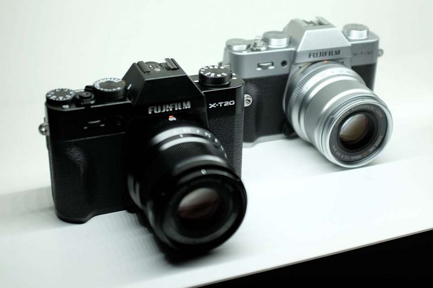The X-T20 is the new entry-level model of Fujfilm's X-T DSLR-like mirrorless camera series.