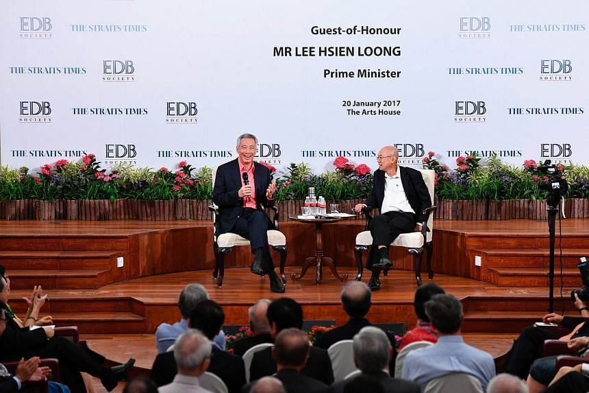 Prime Minister Lee Hsien Loong (left) and The Straits Times' editor-at-large Han Fook Kwang at The Arts House on Jan 20, 2017.