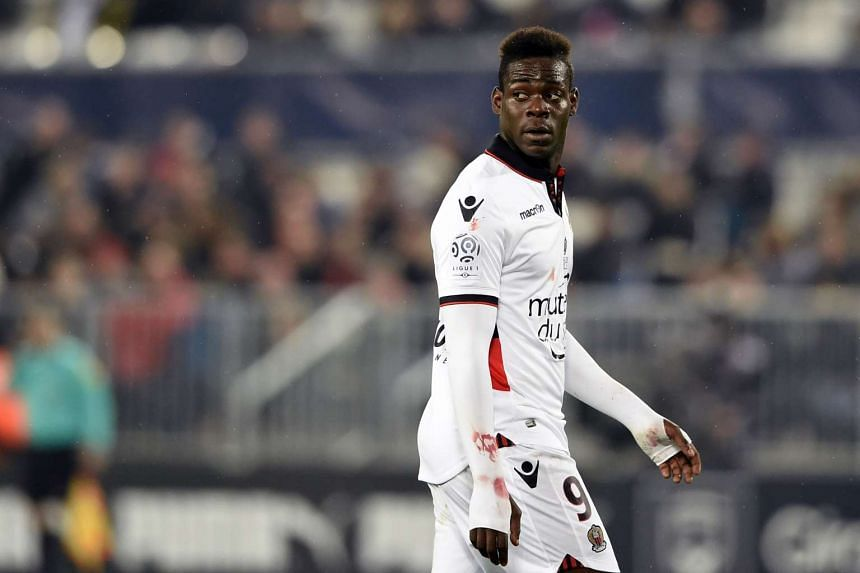 Nice's striker Mario Balotelli has accused Bastia fans of abusing him during his team's 1-1 Ligue 1 draw on Friday.