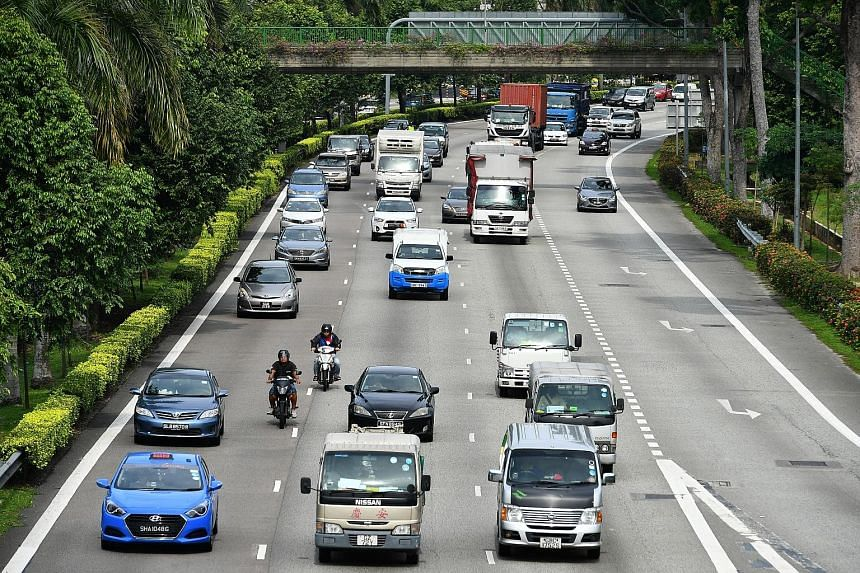 According to LTA, there were 956,430 vehicles on the road as at Dec 31 last year - about 0.1 per cent lower than in 2015, and 1.8 per cent lower than the peak in 2013.