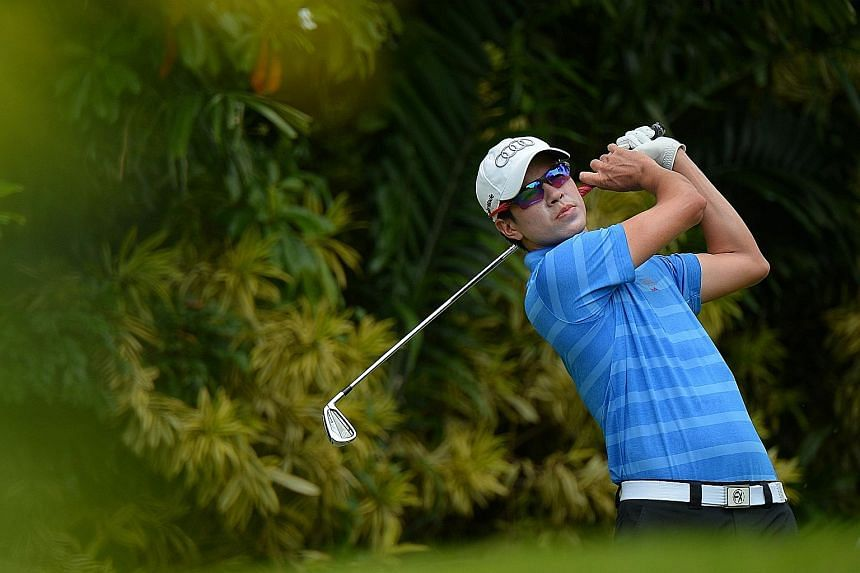 Quincy Quek managed to recover from two straight bogeys to card a second straight 68.