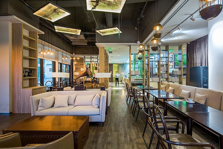 Distrii, an operator of co-working spaces, has nine facilities in Shanghai, including one in Suhe Centre (left). It is planning to expand to other cities as well.