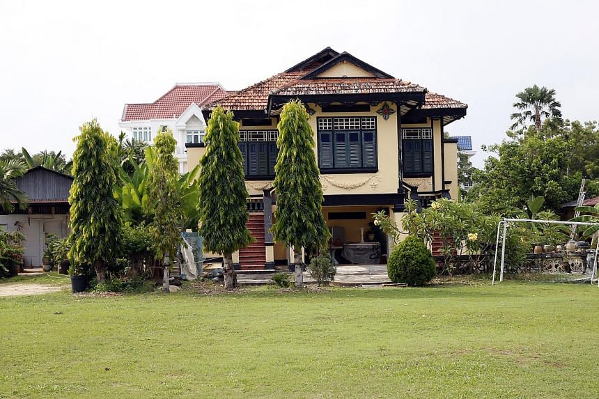 """1 Bedok Avenue  - A villa dating back to the 1920s which was owned by businessman """"Abdul Hadjee Kahar Bin Abdul Ramee"""". The Villa Kahar was later sold to Dr Lee Choo Neo, Singapore's first female doctor and grand-aunt to Singapore's first prime minis"""