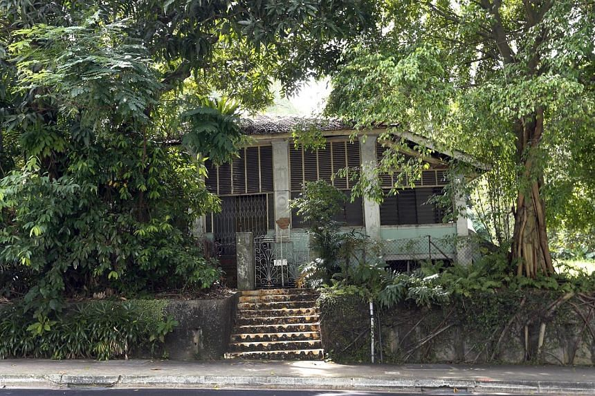 67 Cairnhill Road - This home was bought in 1912 by Boey Chuan Poh, the sole proprietor of the Union Times, a Singapore newspaper. The property last belonged to Mr Lien Kwang Wah, the brother of tycoon Lien Ying Chow. It is now held in Mr Lien Kwang