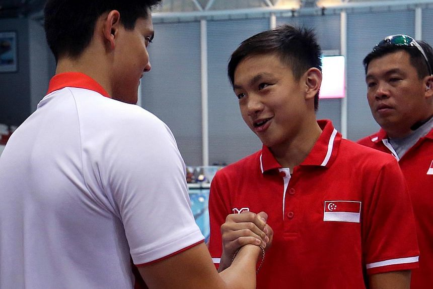 Zachary Tan broke two national junior records at the Singapore Swimming Association's TYR National Time Trials for swimmers aged eight and over this weekend.