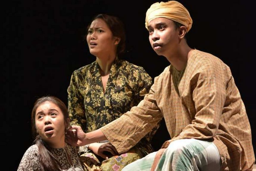 Hayat Hayatie featured excellent performances from the cast that included (from far left) Amirah Yahya, Norain Mohd Aksan and Shahril Wahid.