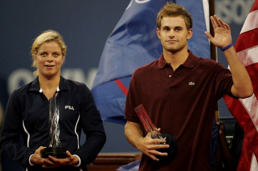 Former world No.1 players Kim Clijsters and Andy Roddick headlined the International Tennis Hall of Fame's list of 2017 inductees.