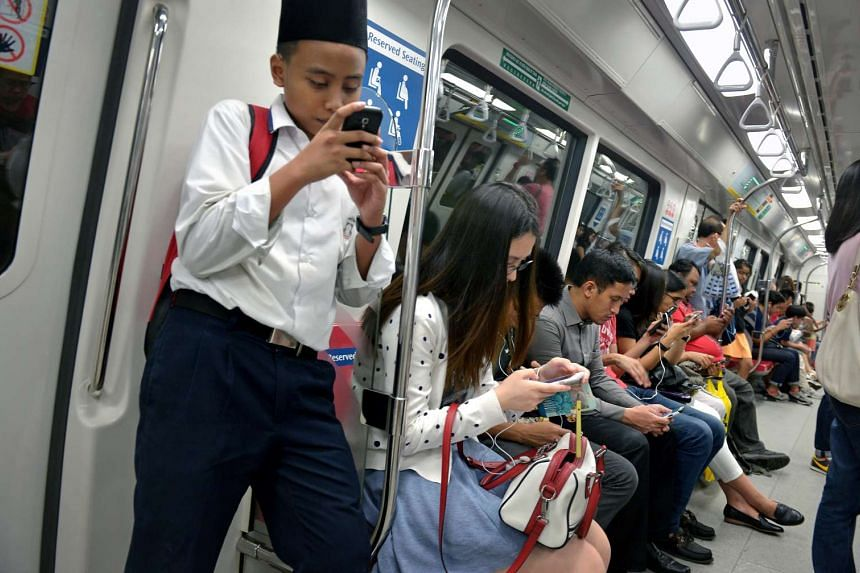Singapore continues to have one of the fastest 4G LTE speeds in the world, by narrowly beating South Korea with an average download speed of 45.9Mbps.