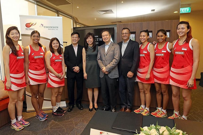(From left) Charmaine Soh, Aqilah Andin, Kimberly Lim, Dr Lam Kian Ming (CEO, Thomson Medical), Ms Jessica Tan (MP and president of Netball Singapore), Roy Quek (executive chairman, Thomson Medical), Cyrus Medora (CEO of Netball Singapore), Vanessa L