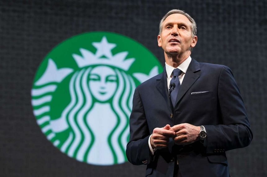 Howard Schultz speaks during a Starbucks annual shareholders meeting in Seattle in 2015.