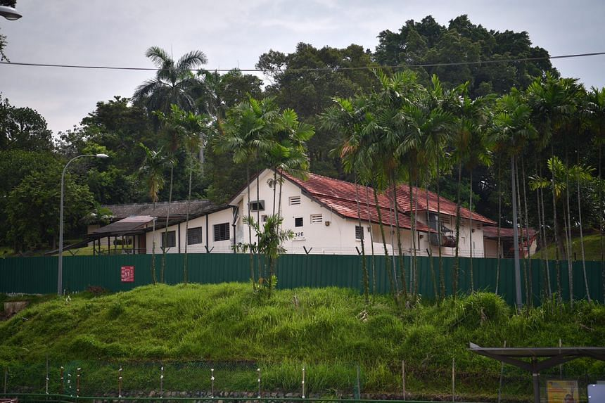 The police camp along Ulu Pandan Road, which used to be where two British gun batteries were stationed. The batteries were to be used to fire at enemy ships off the coast of Pasir Panjang.