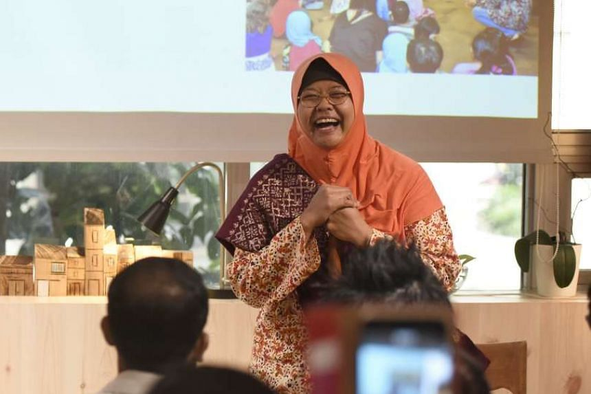 Author and storyteller Jumaini Ariff (above) gave a preview of a Malay storytelling session for children that she will give during the campaign.