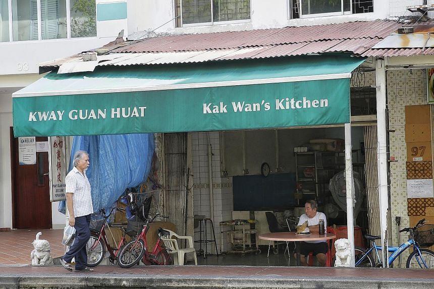 Mr Quek (top), co-owner of Kway Guan Huat Joo Chiat Popiah & Kueh Pie Tie (above), making popiah skin in his younger days.