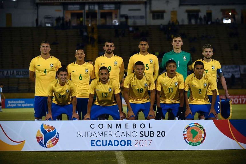 Brazil's football players pose for pictures before the start of a South American Championship U-20 football match against Argentina on Feb 8, 2017.