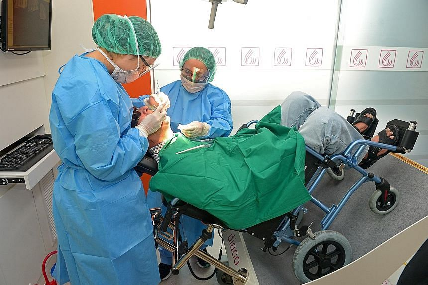 Not enough locally trained dentists in Singapore, Education News